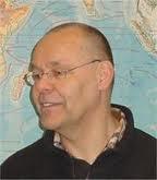 Bob Reinalda, inleider collegereeks Voorwaarts en niet vergeten