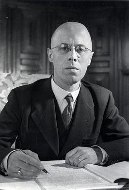 Minister Louis Beel, verantwoordelijk voor de Loonstop van 1946