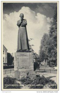 ariens-alphons-ansicht-standbeeld